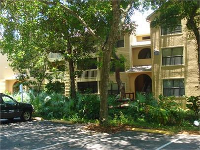 Photo of property: 1401 S Palmetto Ave #212 Daytona Beach, FL 32114
