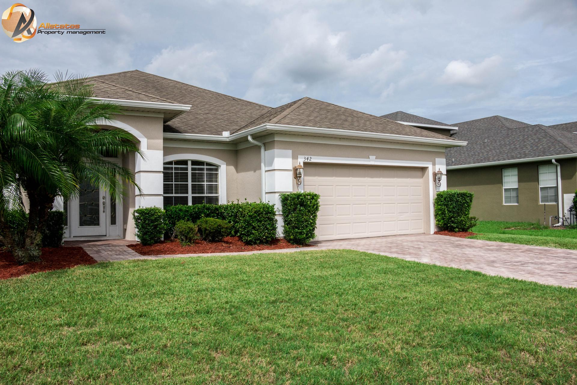 Photo of property: 342 Courtlea Park Dr. Winter Garden Fl 34787
