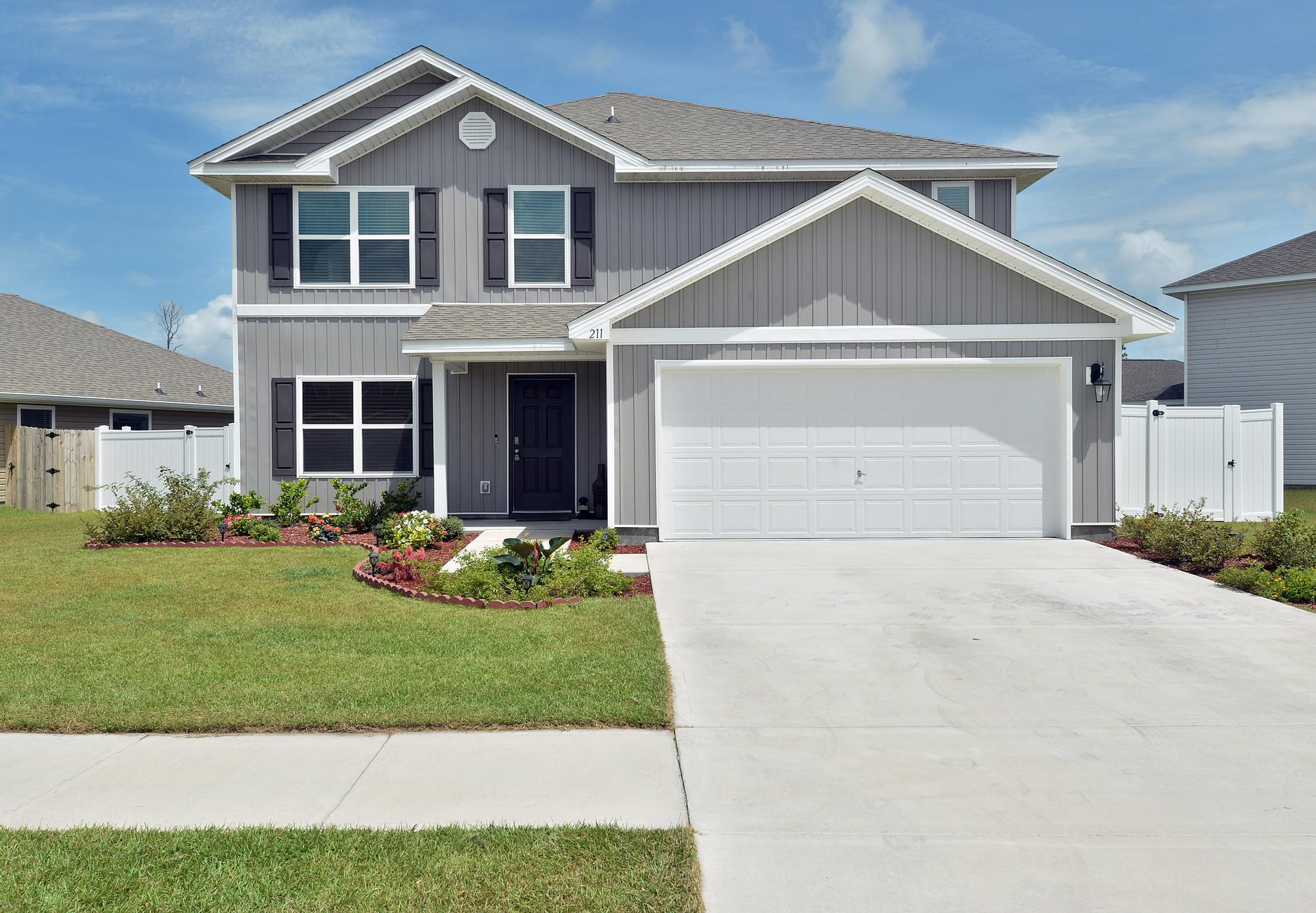 Photo of property: 211 Red Bay rd, Callaway, FL 32404