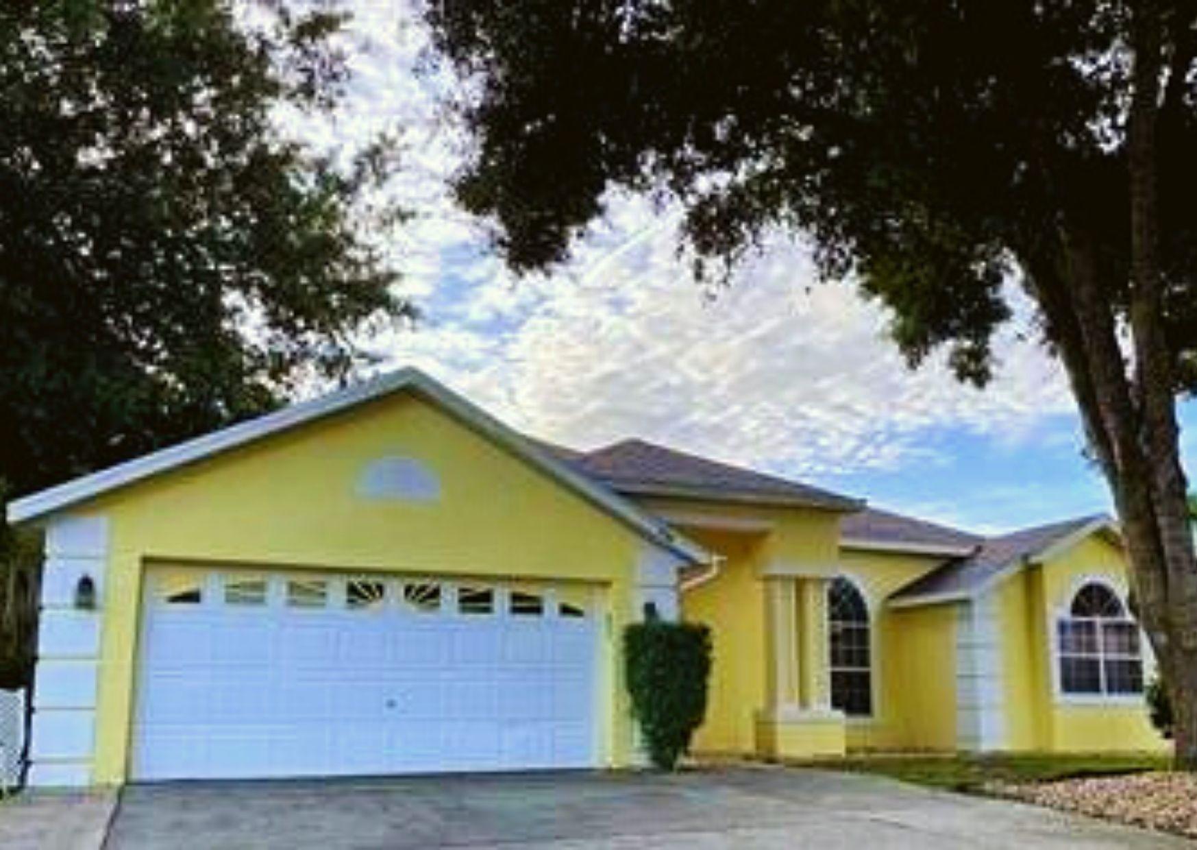 Photo of property: 206 Oak Chase Place Davenport, FL 33896