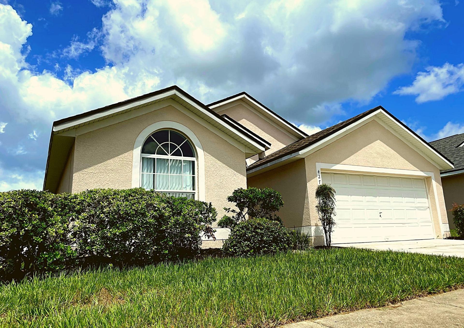 Photo of property: 427 Brayton Ln, Davenport, FL 33897