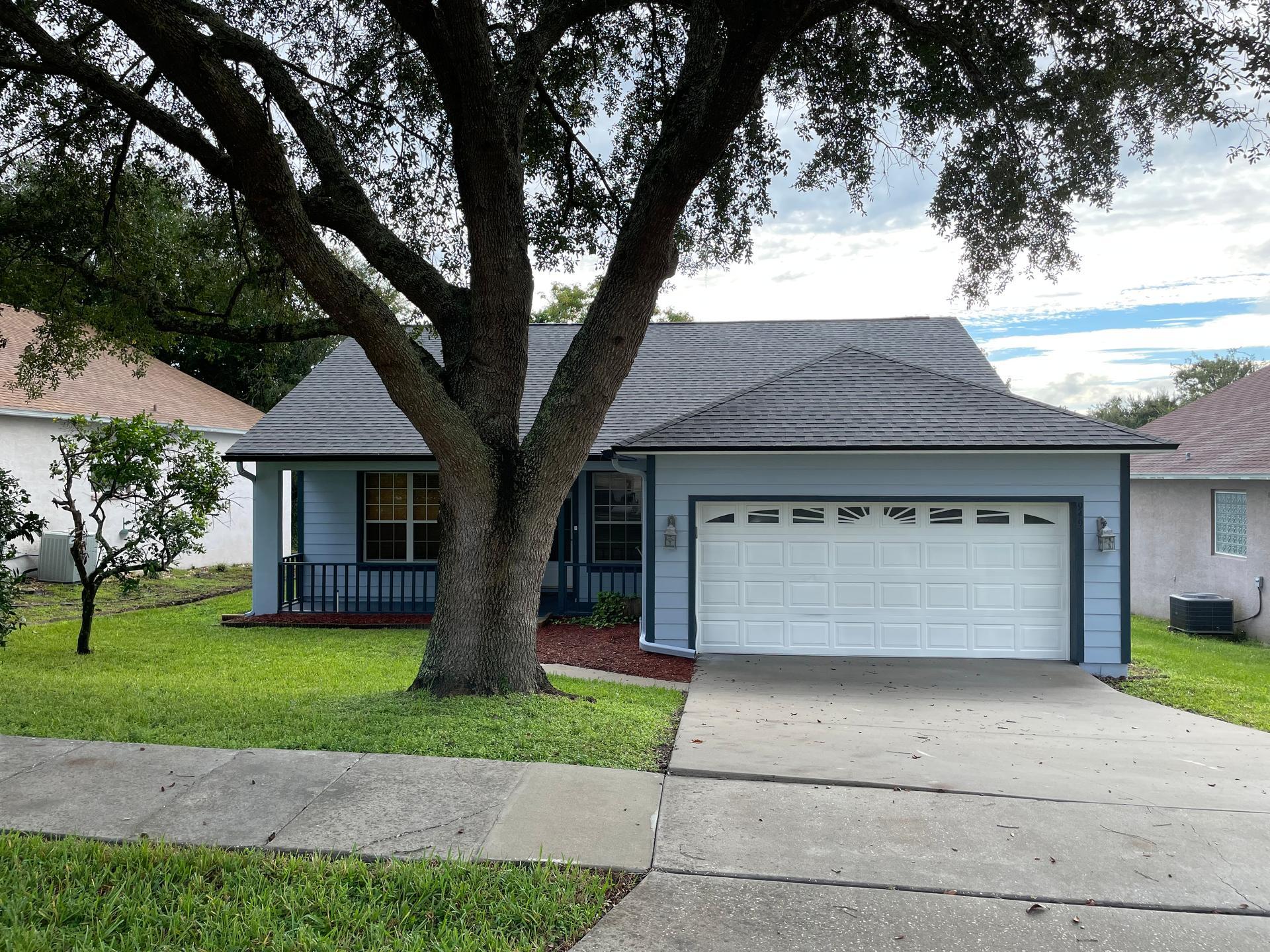Photo of property: 949 Dekleva Drive Apopka, FL 32712