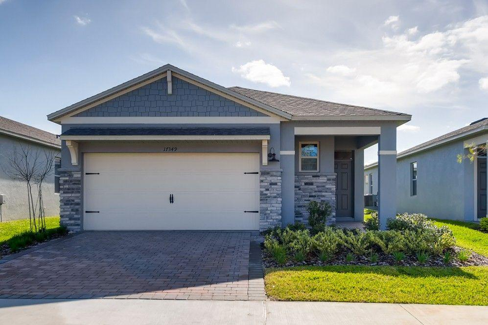 Photo of property: 17405 Blazing Star Circle Clermont, FL 34714